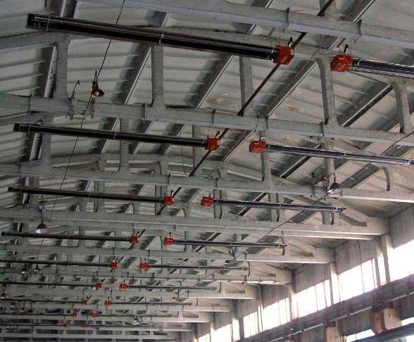 Tubi radianti da soffitto per capannoni industriali